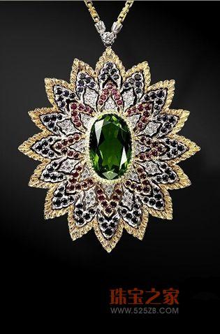 红宝石祖母绿项坠