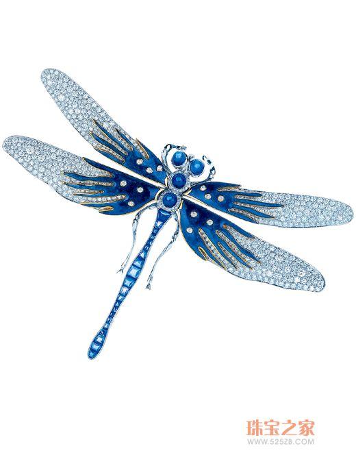 钻石蓝宝石胸针